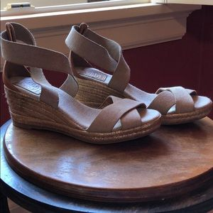 Tory Burch wedge espadrille. Size 7.